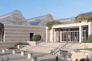 Skirball Cultural Center front entrance