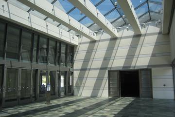 Murphy Foyer